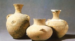 Potten voor het maken van Yellow Wine, ca 9000 jaar geleden